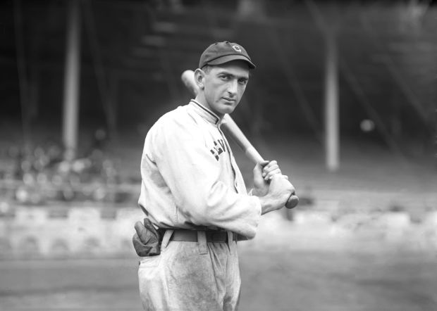 Shoeless_Joe_Jackson_by_Conlon,_1913